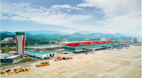 """Cảng Hàng không quốc tế Vân Đồn là lựa chọn số 1 để đón công dân Việt Nam trở về từ """"tâm dịch"""" corona Trung Quốc"""