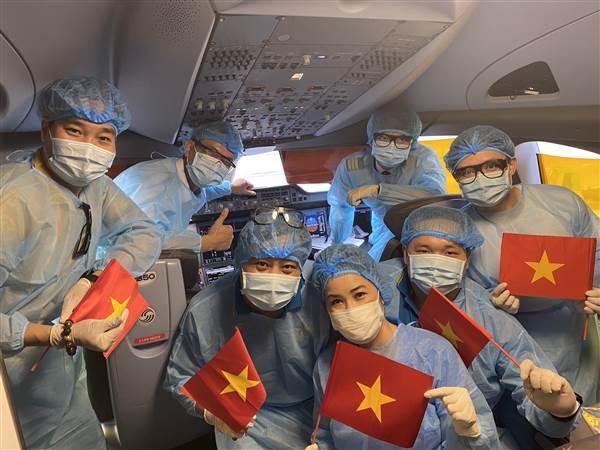 Vietnam Airlines đưa khách về Ucraina