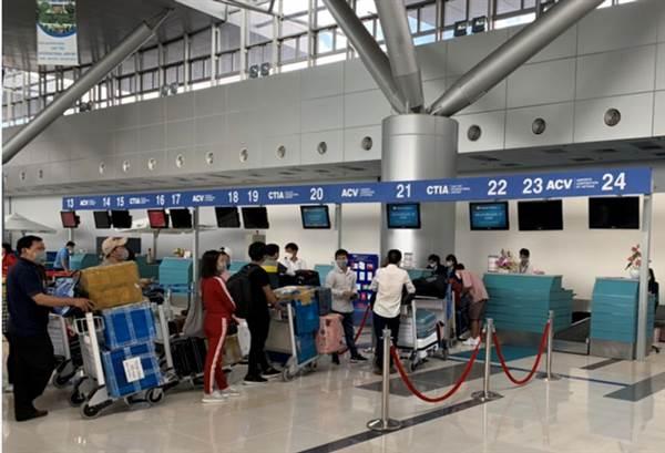 Sân bay Nội Bài bổ sung 21 quầy thủ tục hàng không từ ngày 18-5