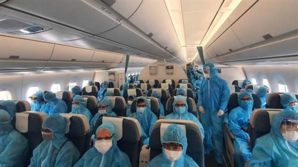 Quy định phòng chống dịch Covid-19 với khách đi máy bay được đặt lên hàng đầu