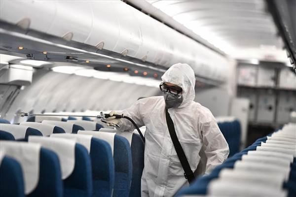 Hàng không Việt vào cuộc đua giảm giá vé