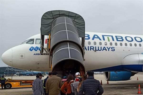 Cuối tháng 6 có thể khai thác đường bay Hà Nội, TP.HCM đến Cà Mau